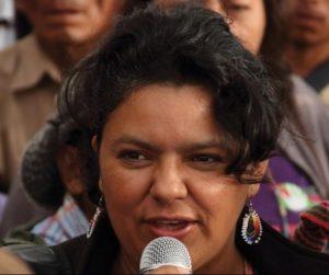 La asesinada líder del pueblo Lenca, Berta Cáceres, coordinadora y cofundadora del Consejo Cívico de Organizaciones Populares e Indígenas de Honduras (COPINH).
