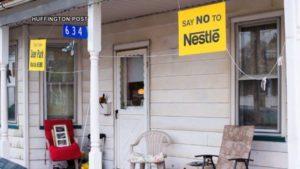 Rechazo a la multinacional Nestlé, que pretendía llevarse el agua de un manantial en el condado de Monroe, en Estados Unidos.