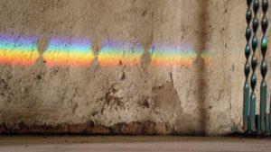 Ondas de luz que viajan por el espacio. (Thinkstock).