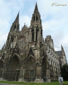 Iglesia de Normandía