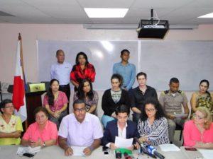 Organizaciones sociales cierran filas en defensa de la educación sexual. (Foto Bayano).