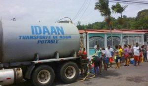 100 mil capitalinos no reciben el servicio de agua potable.